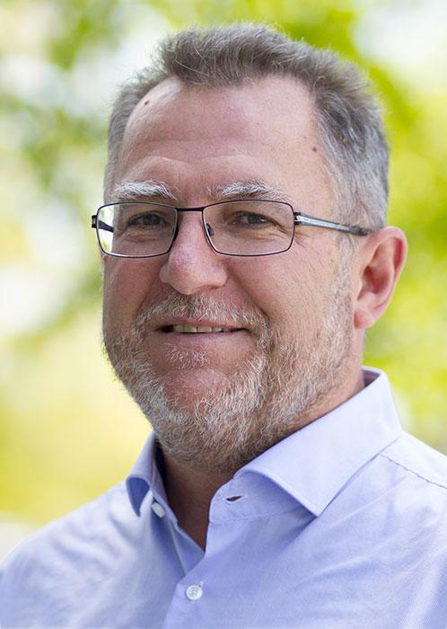 Dr. Uwe Schramm