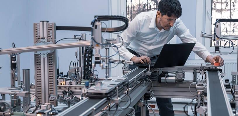 早期考虑相关的控制概念和控制器参数的整定,针对高保真的机电模型,提前解决了许多问题,实现了虚拟调试。